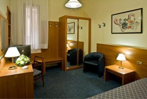 Hotel Centrale Byron - фото 3