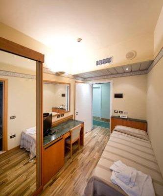 Hotel Marina Bay - фото 6