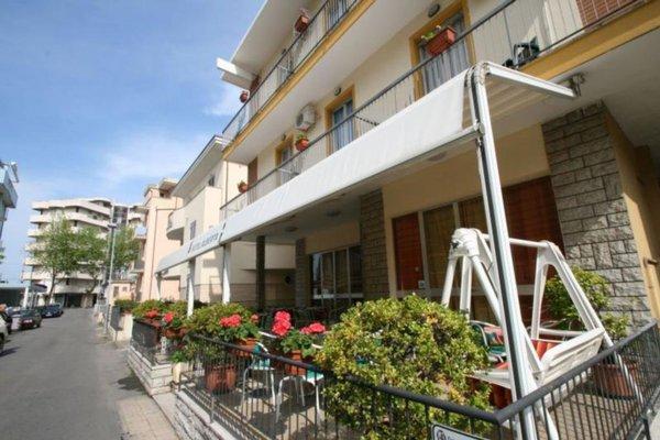 Hotel Villa Alberta Rimini - фото 0