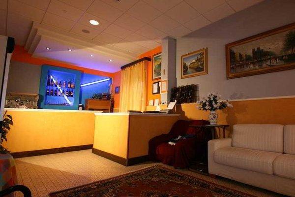 Hotel Villa Alberta Rimini - фото 15