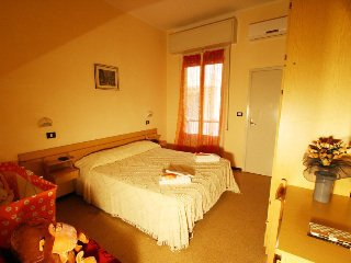 Hotel Villa Alberta Rimini - фото 3