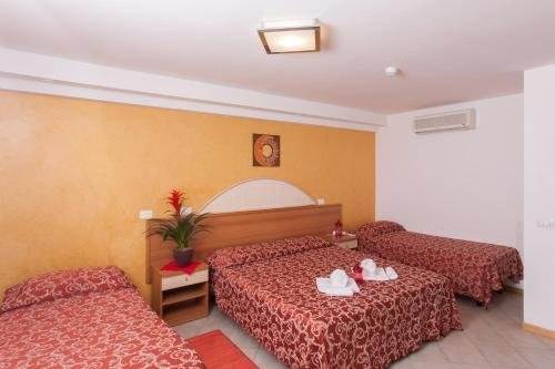 Hotel Bahama - фото 2
