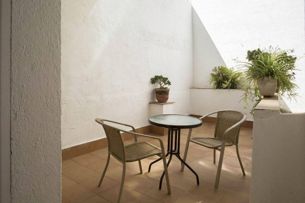 Hostal Alhambra Tarragona - фото 8