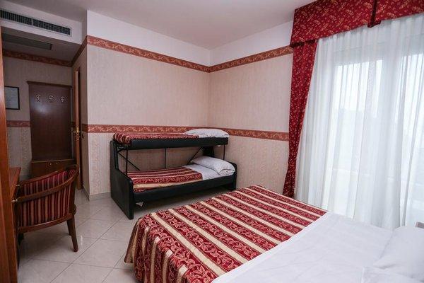Hotel Gallia Palace - фото 2