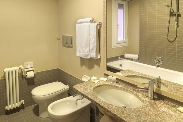 Hotel Villa Lalla - фото 6