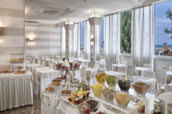Suite Hotel Litoraneo - фото 7