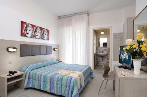 Hotel Tiberius - фото 2