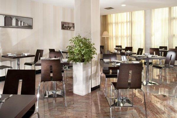 Astoria Suite Hotel - фото 17