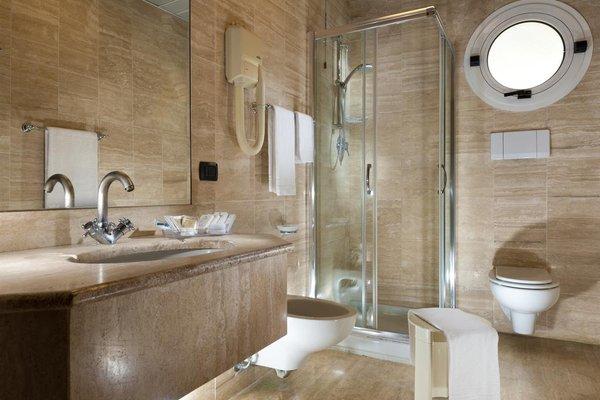 Astoria Suite Hotel - фото 9