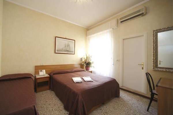 Villa Katia Hotel Rimini - фото 1
