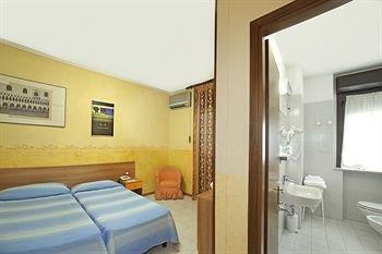 Hotel Aquamaris - фото 4