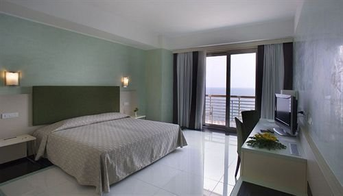 Grand Hotel Salerno - фото 2