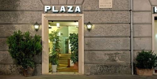 Hotel Plaza - фото 20