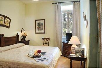 Отель «Antica Carsulae Ristorante Locanda», Сан-Джемини
