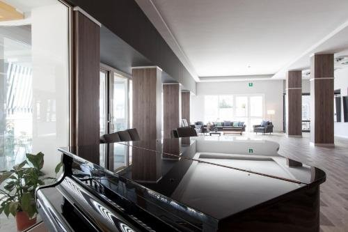 Park Hotel Suisse - фото 3