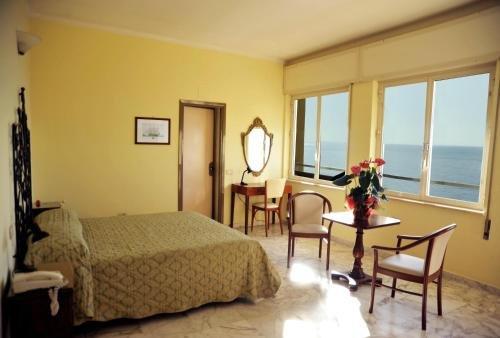 Hotel Le Najadi - фото 1
