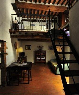 Castello di Monteliscai - фото 12