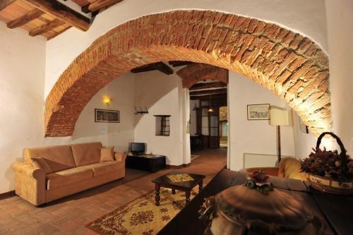 Castello di Monteliscai - фото 6