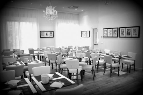 Hotel Italia - фото 13