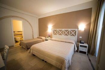 Hotel Gargallo - фото 2