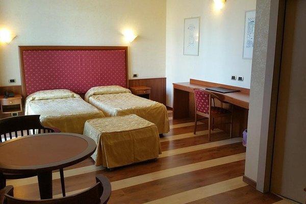 Jolly Aretusa Palace Hotel - фото 3