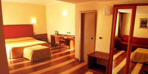 Jolly Aretusa Palace Hotel - фото 9