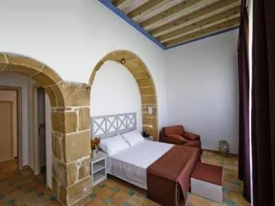 Hotel Villa Fanusa - фото 1