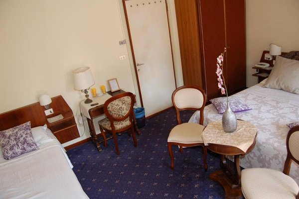 Hotel Broglia - фото 1