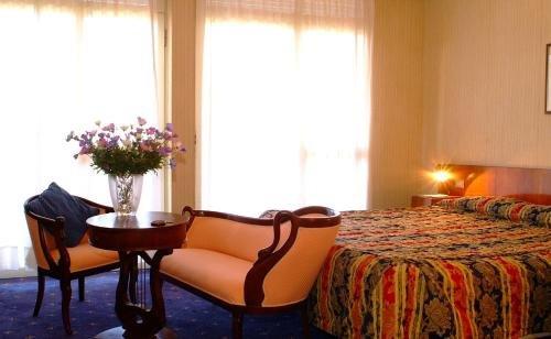 Hotel Broglia - фото 2