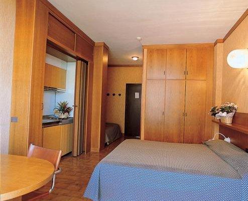 Hotel Residence Holiday - фото 3