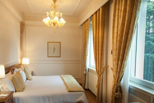 Villa Cortine Palace Hotel - фото 2