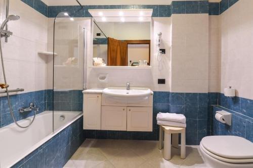 Blu Lake Sirmione Hotel - фото 9