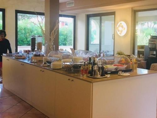 Hotel Porto Azzurro - фото 10