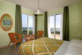 Hotel Mirabello - фото 2