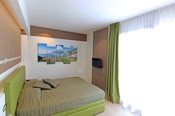 Hotel Ideal - фото 1