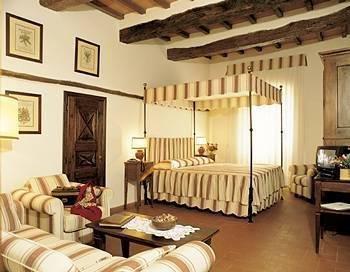 Отель «Borgo Pretale», Совичилле