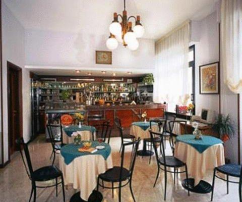 Hotel Mediterranee - фото 11