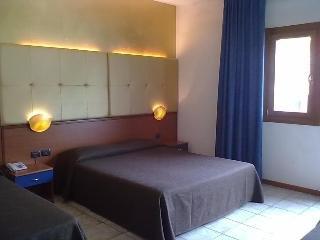 Ahr Hotel Villa Alighieri - фото 1