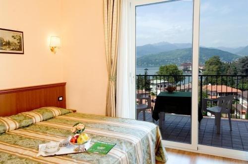 Hotel Flora - фото 2