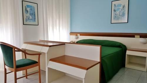 Hotel Italie et Suisse - фото 2