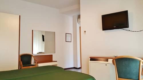 Hotel Italie et Suisse - фото 4