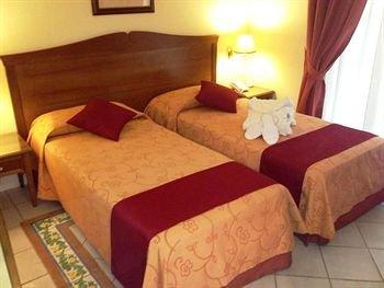 Hotel Akropolis - фото 4