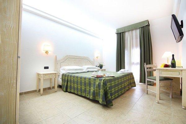 Pausania Inn - фото 2