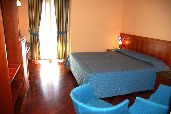 Hotel Michelangelo Palace - фото 2