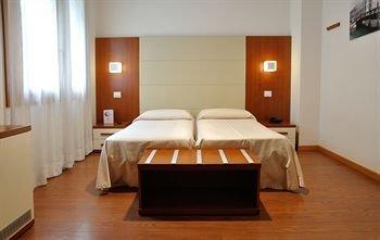 Hotel Mezzaluna - фото 2