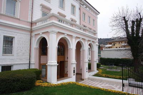 Greif Hotel Maria Theresia - фото 18
