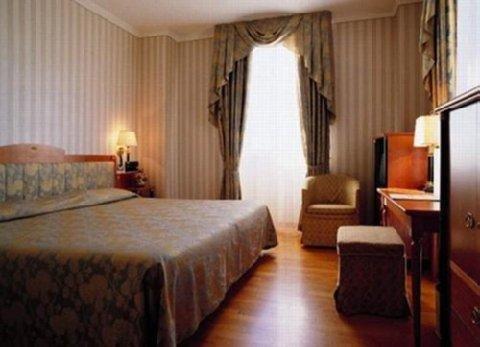 Greif Hotel Maria Theresia - фото 3