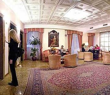 Greif Hotel Maria Theresia - фото 8