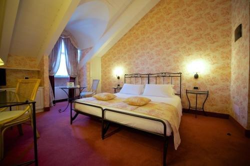Best Western Crystal Palace Hotel - фото 2