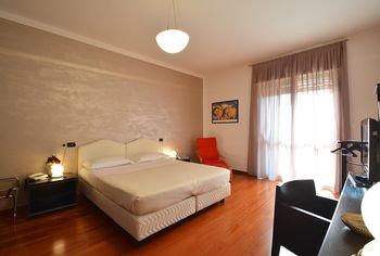 Residence Hotel Torino Uno - фото 4